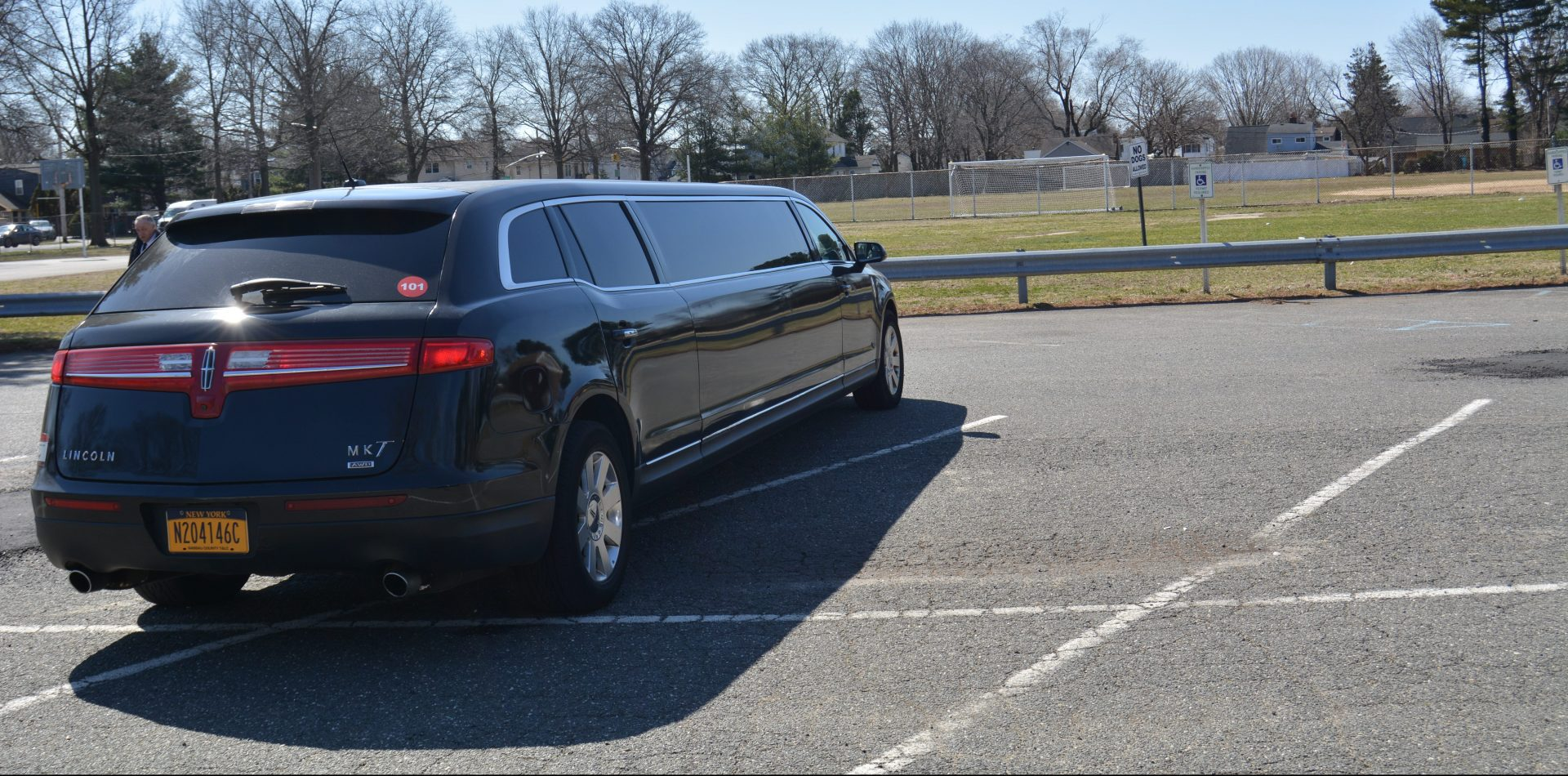 Limos from the Limos Long Island Fleet